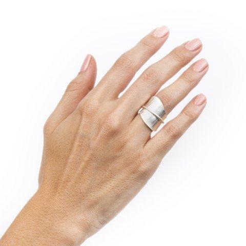 anillo tallo plata mate uso